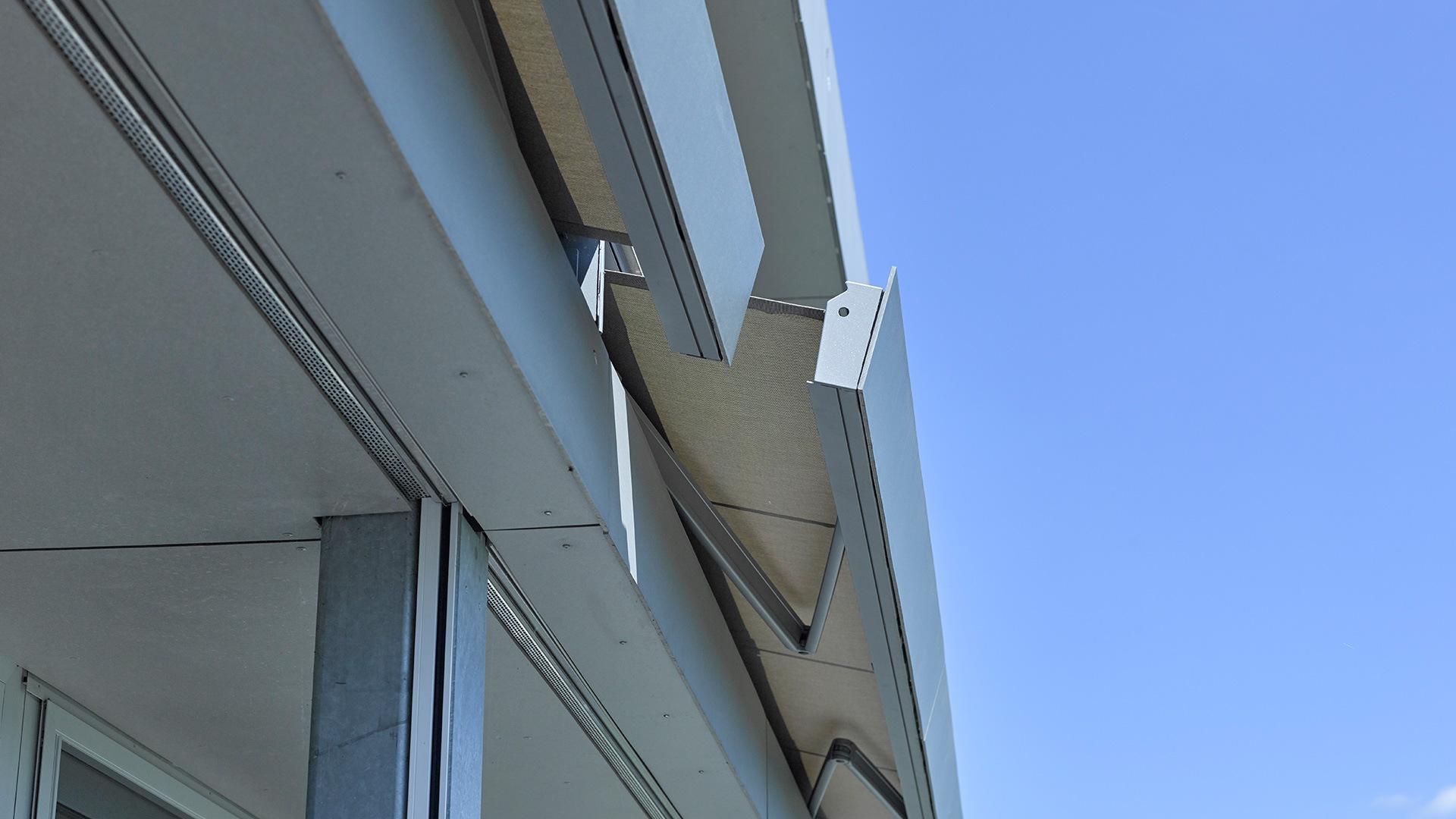 zanker cofano 02 - Sonnenschutz für Balkon und Terrasse