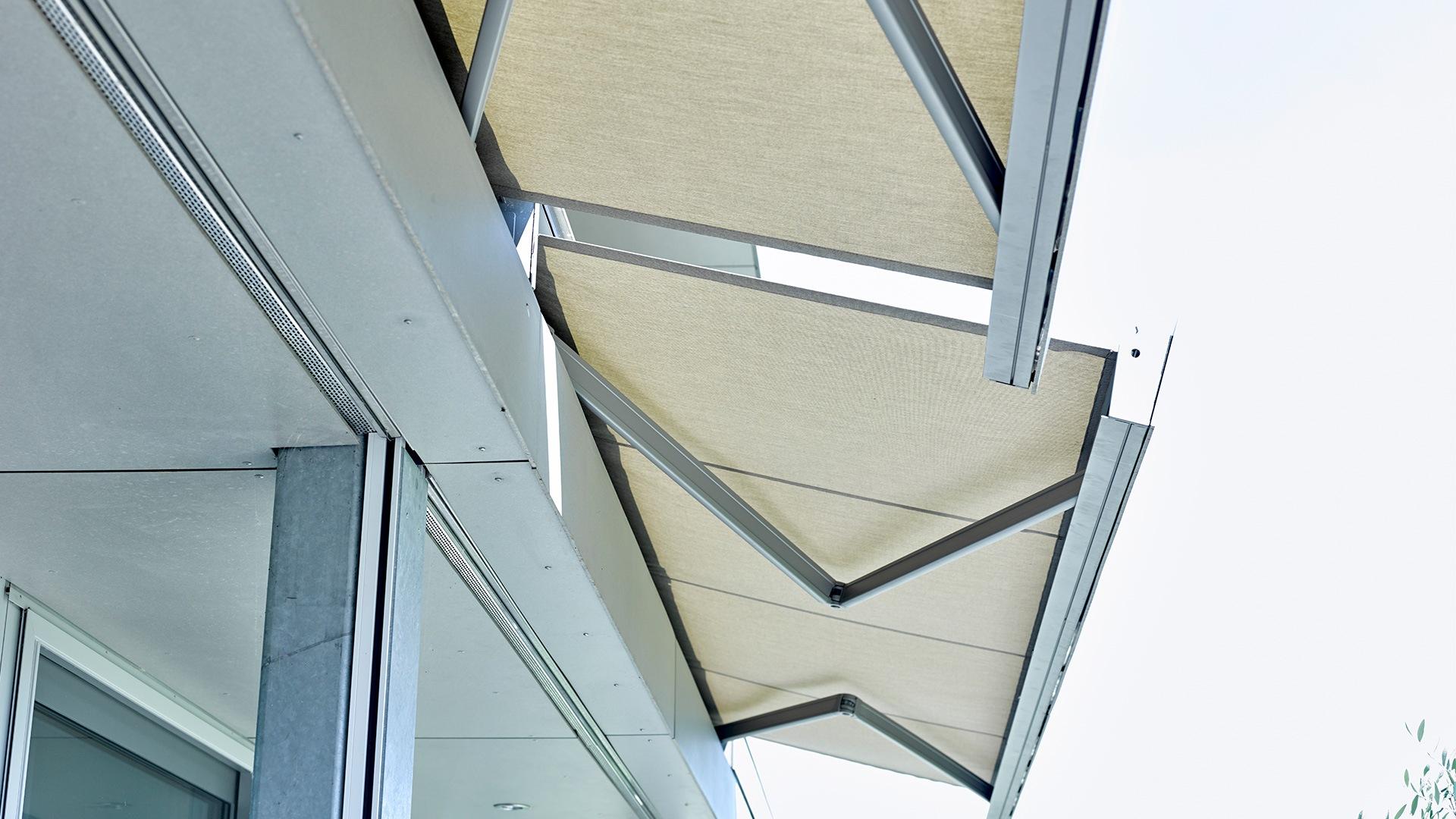 zanker cofano 03 - Sonnenschutz für Balkon und Terrasse