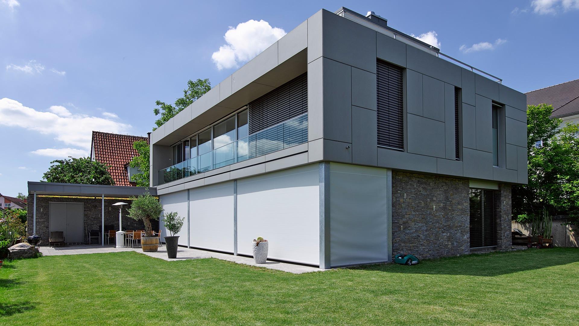 zanker textilscreen 03 - Sonnenschutz für Firmengebäude