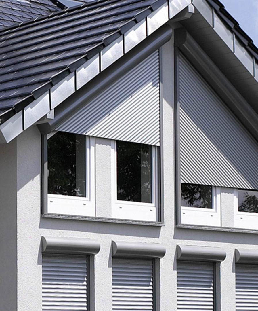 zanker Rollladen 04 - Sonnenschutz für Firmengebäude